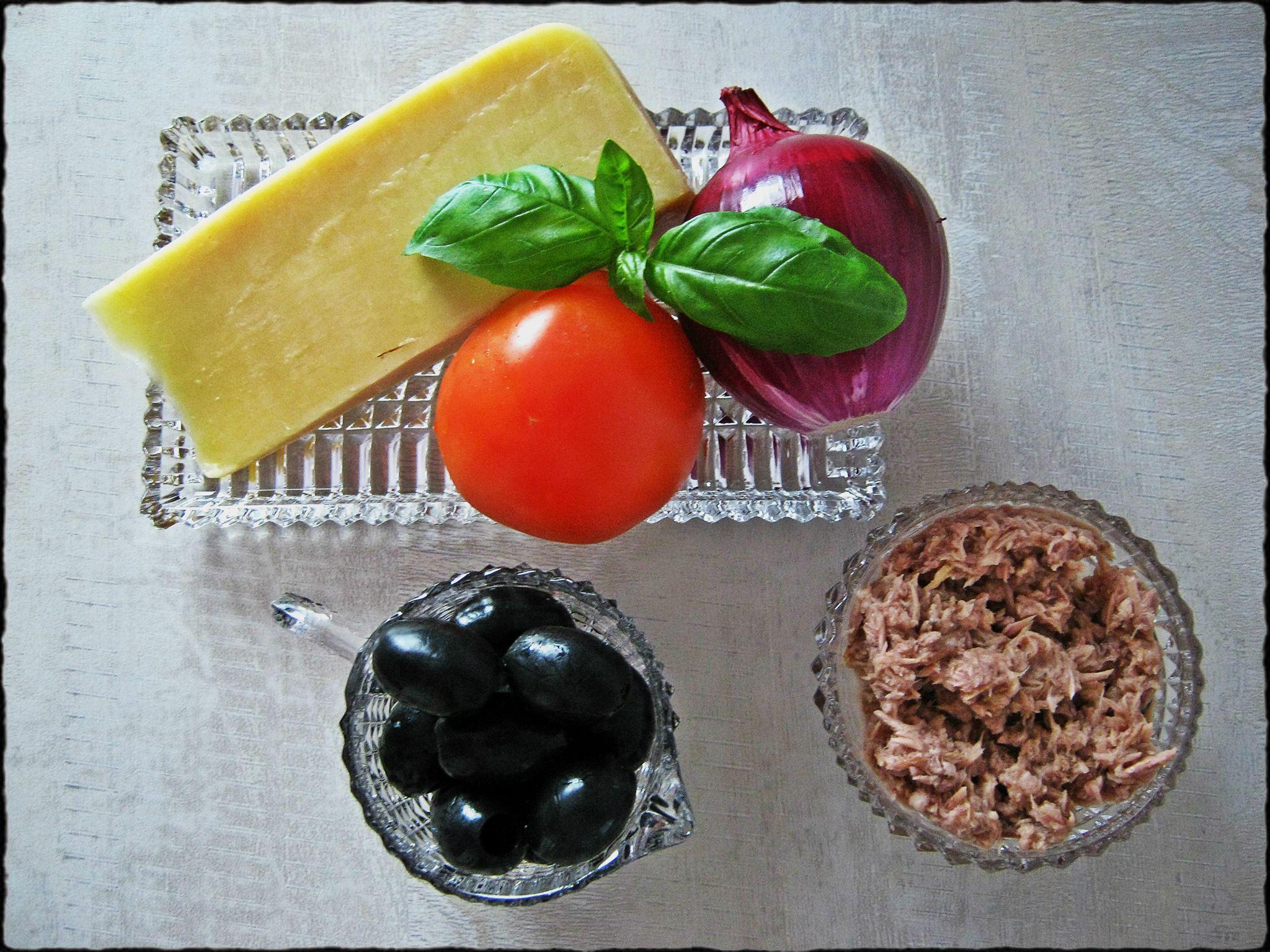 2 ингредиенты для пиццы туна